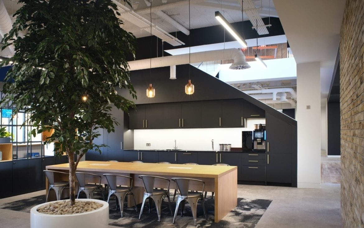 Bottomline office design that reflects their business, culture and innovation
