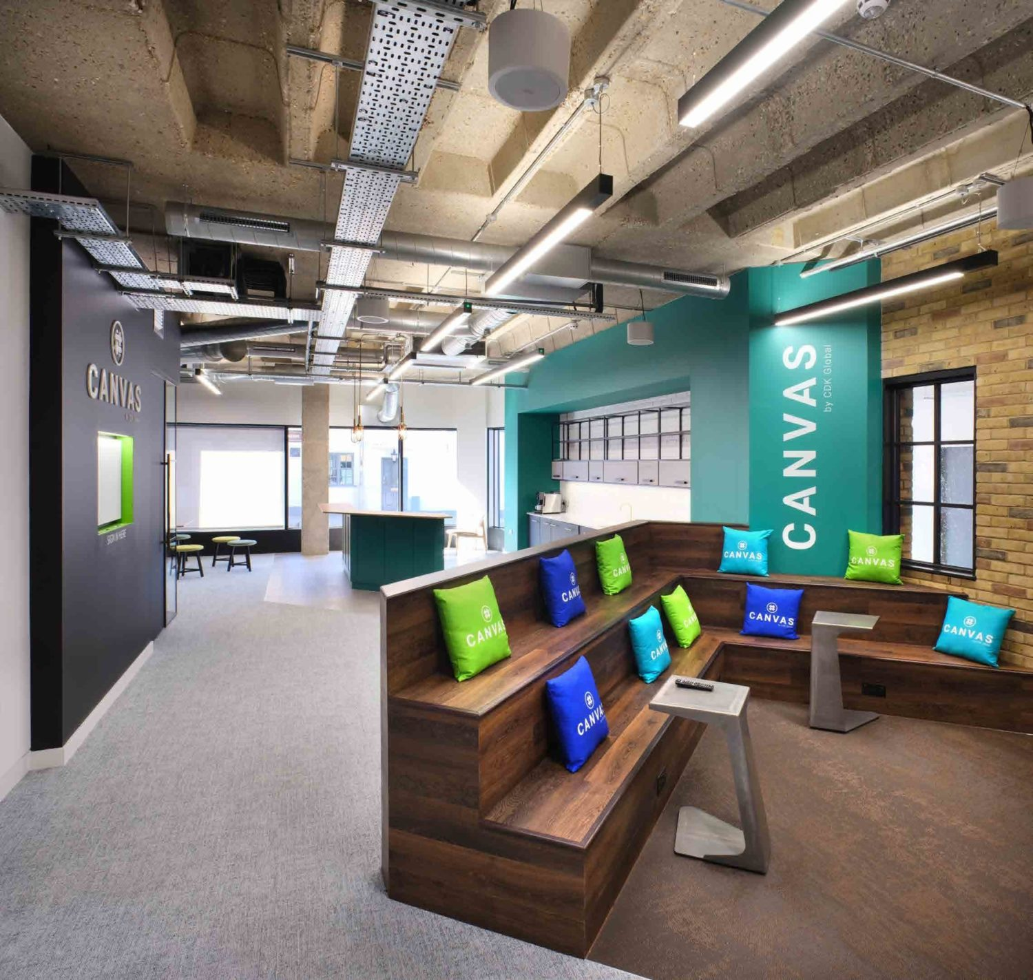 Collaboration spaces fit out
