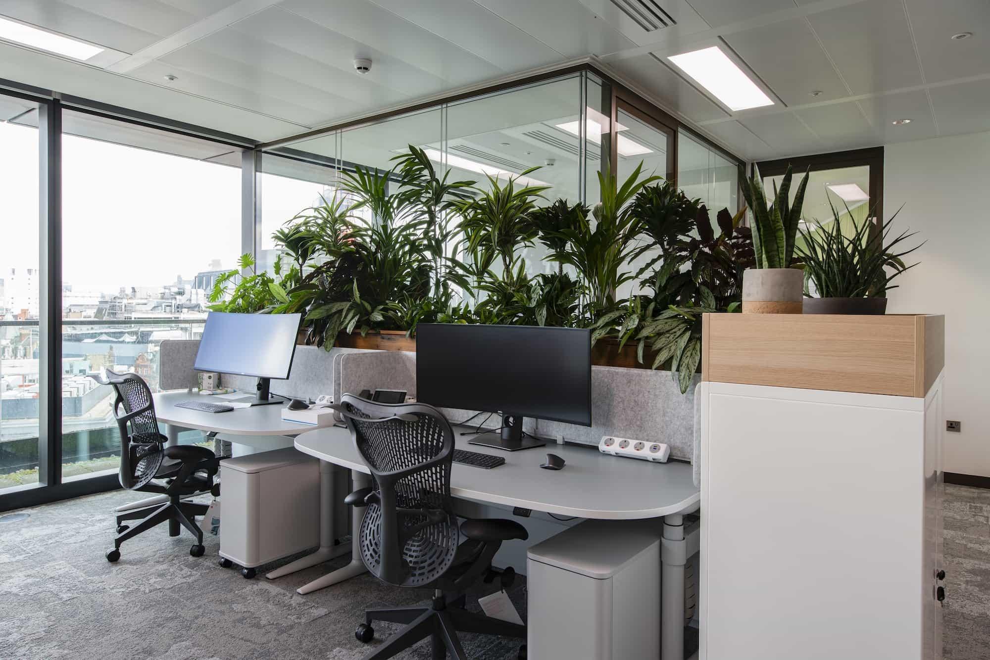 Generation IM desks and biophilic office design