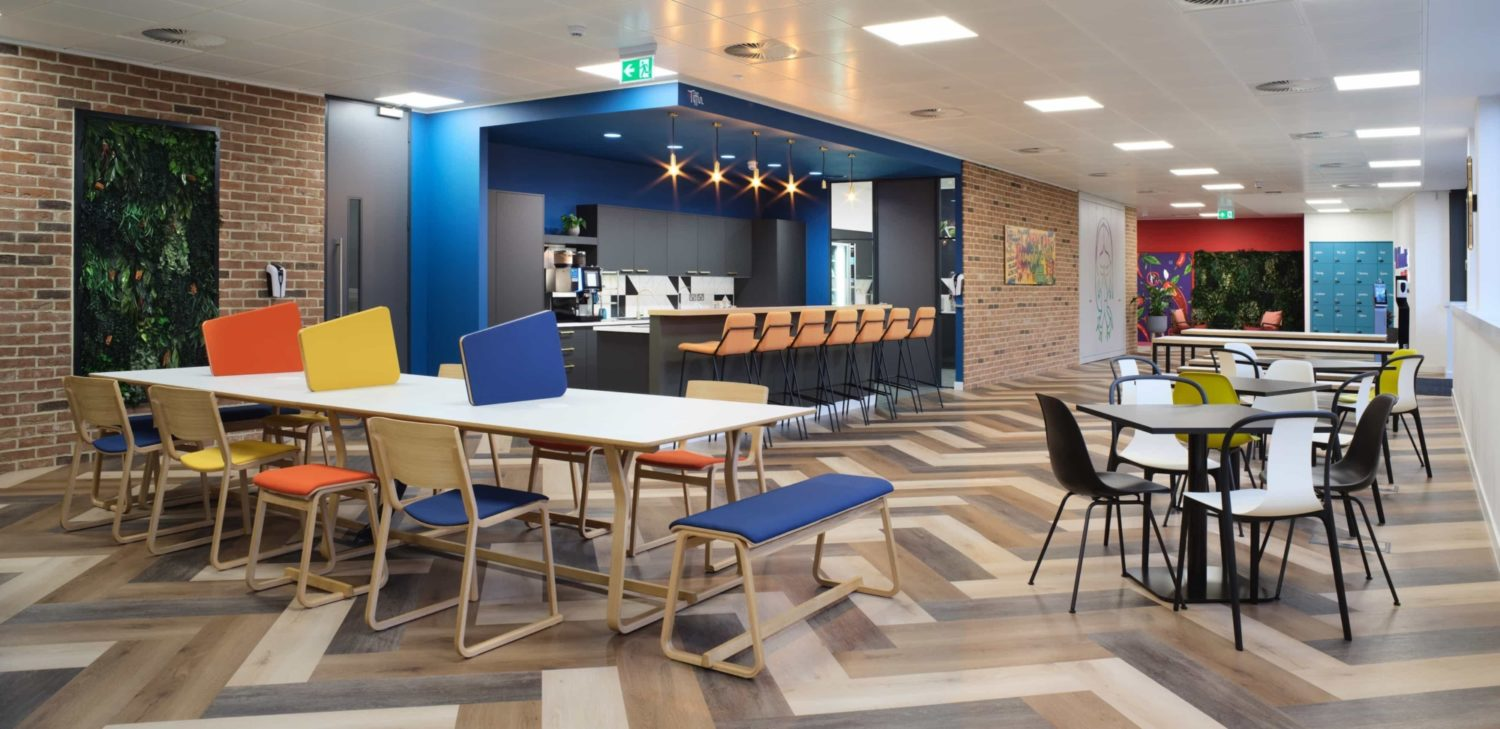 Vibrant foods communal area fit out