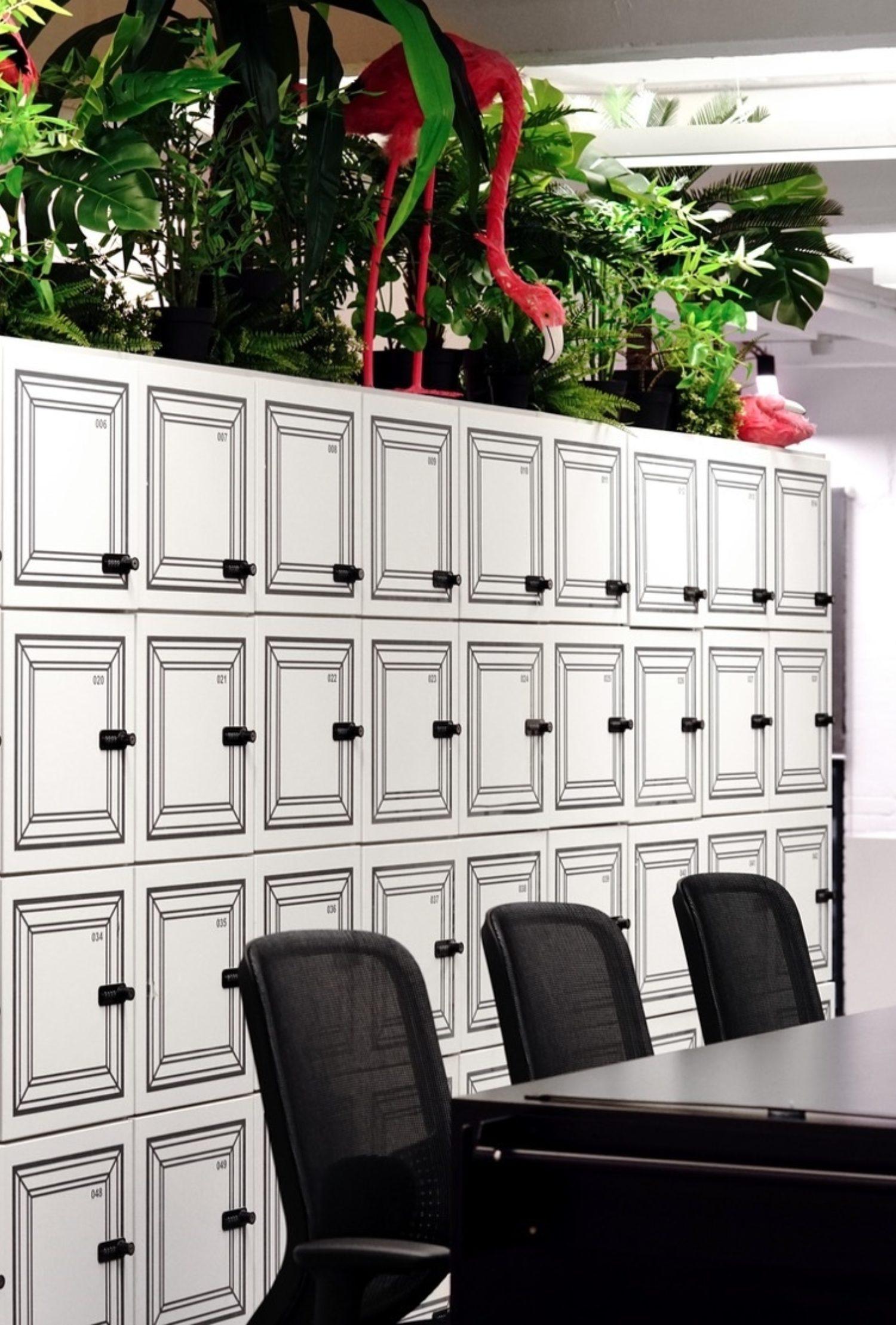 Virgin lockers in meeting space fit out