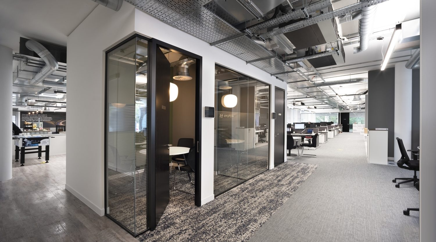 Hyundia office interior with private booths