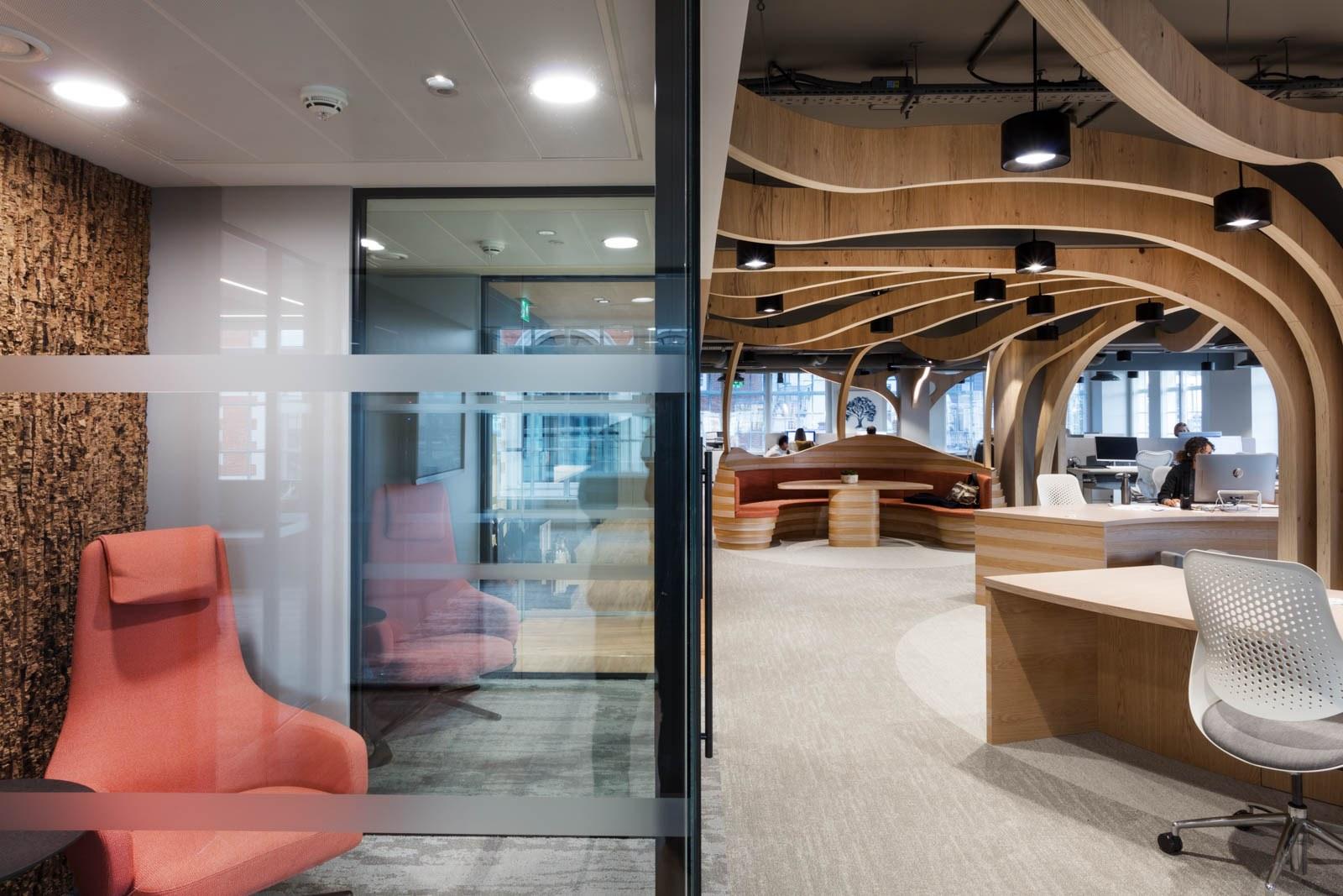 Morgan sindall glass meeting pod design