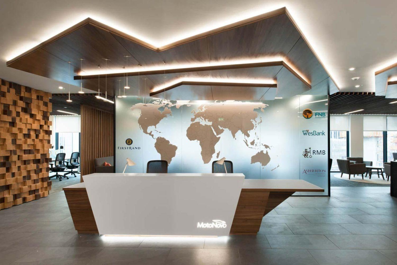 Reception desk using biophilic design