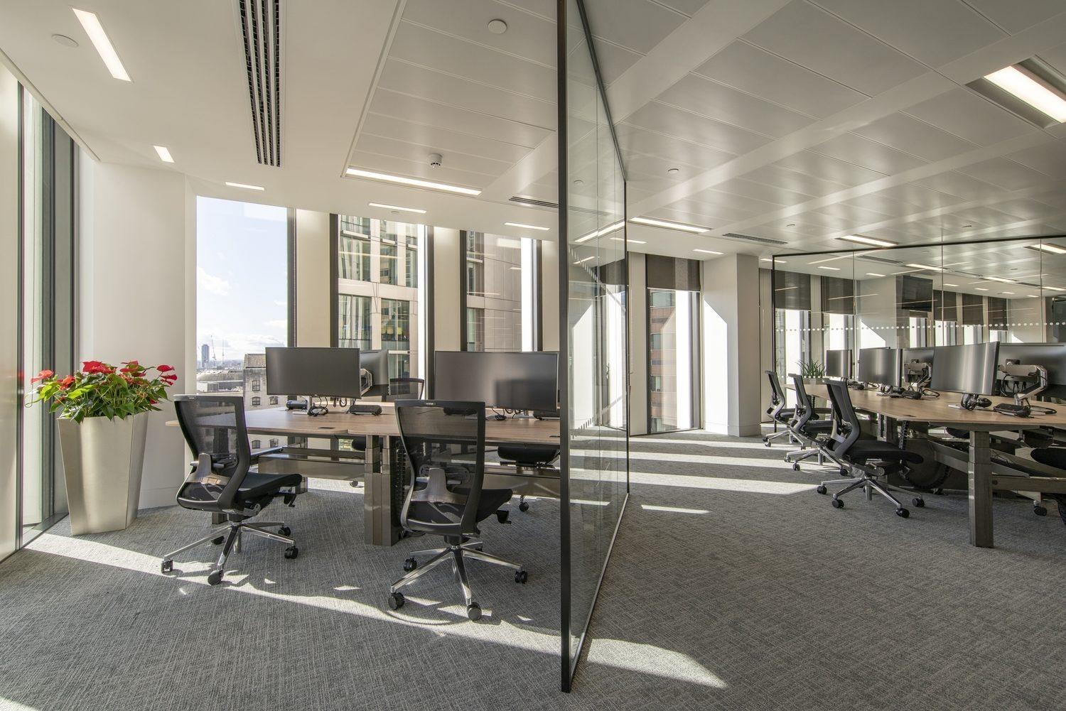 R3 open plan workspace fit out