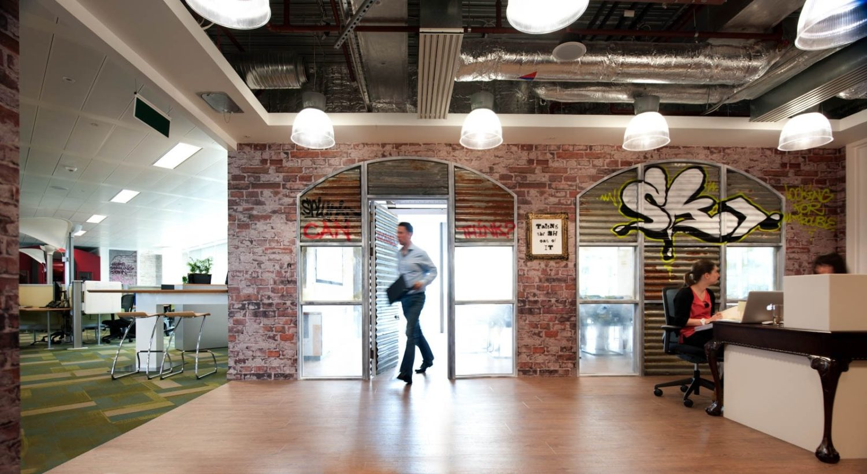 Splunk cool open plan office reception
