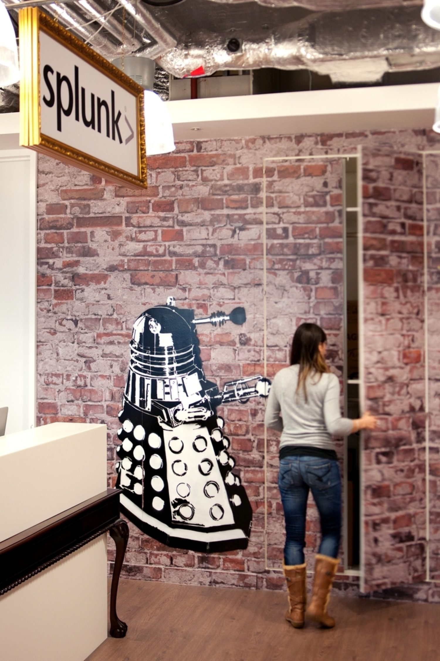 Splunk dalek graffiti in office design