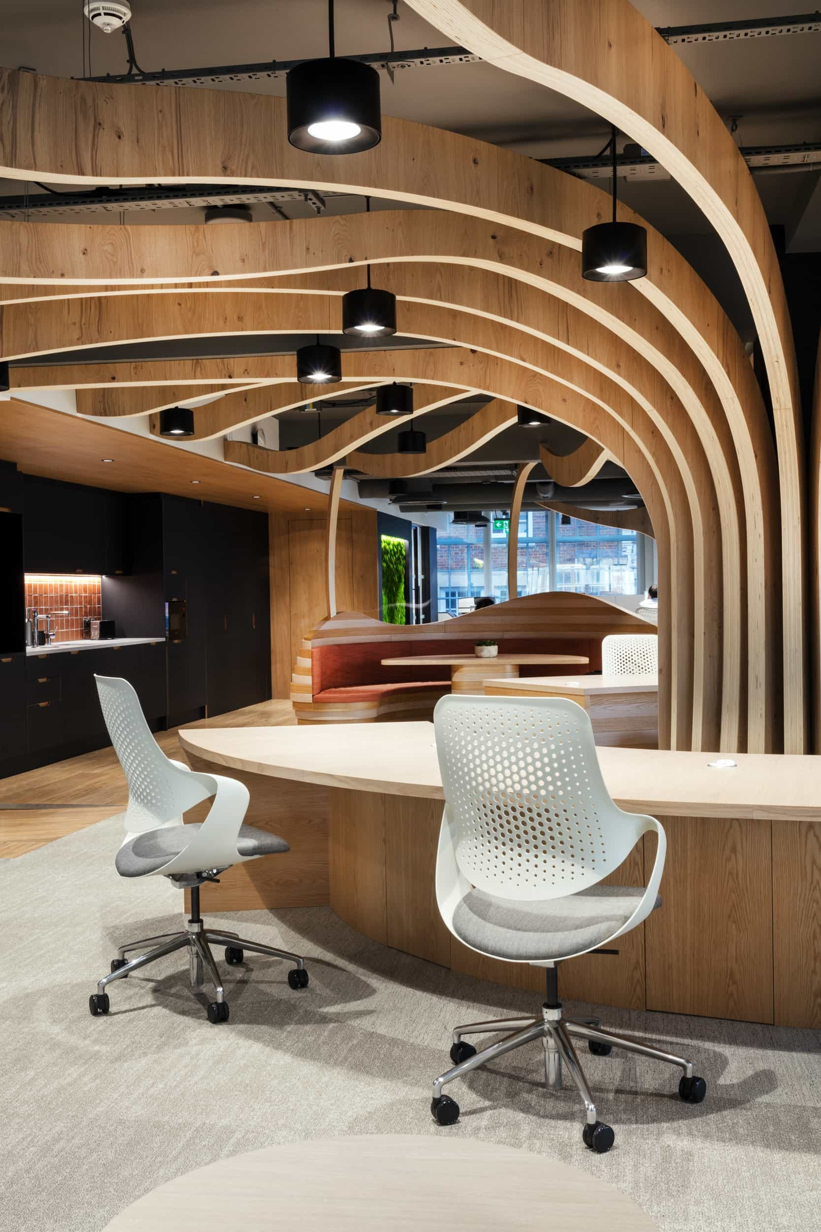 Natural wood in biophilic office design