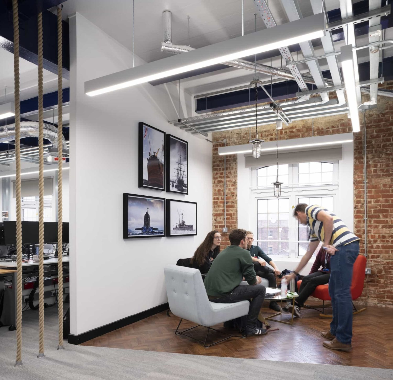 Breakout area in balanced office